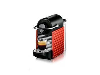 nespresso_pixie_red-showcase-horizontal-01