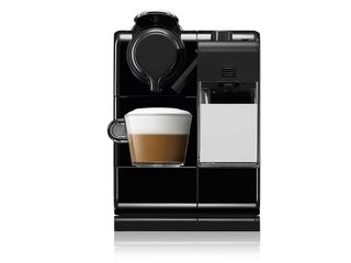 nespresso-lattissima-touch-showcase-horizontal-01
