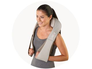 shiatsu-deluxe-neck-shoulder-showcase-horizontal