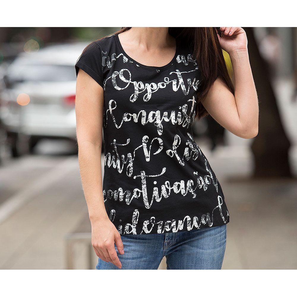 camiseta-preta-prateada-showcase-horizontal